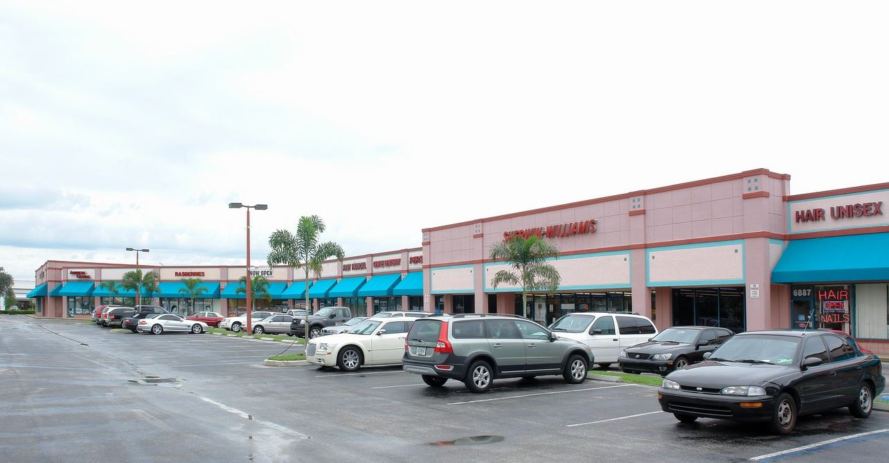 Marketplace at Tamarac 6965 W Commercial Blvd., Tamarac, FL 33319